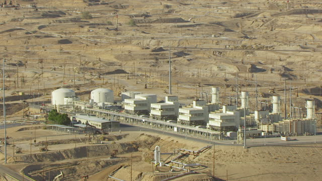 WS AERIAL POV View of Kern River Oil Field / Kern County, California, United States