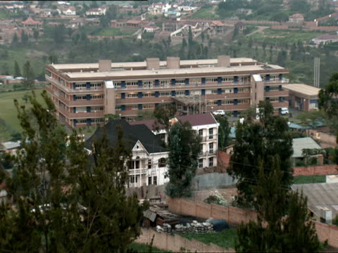 ws view of king faisal hospital in kigali / kigali, rwanda - ルワンダ点の映像素材/bロール