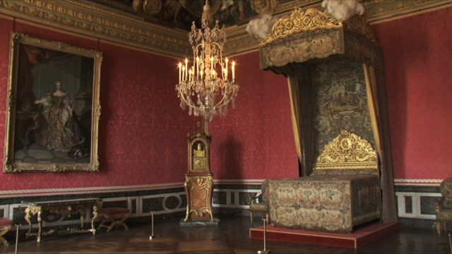 ms view of king's room interior / versailles, ile de france, france - chateau de versailles stock videos and b-roll footage