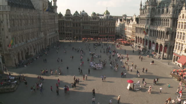WS View of La Grand Place UNESCO world heritage / Brussels, Brussels Capital Region, Belgium