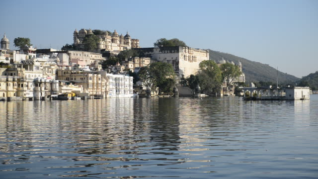 WS View of Lake Pichola / Udaipur, Utter Pradesh, India