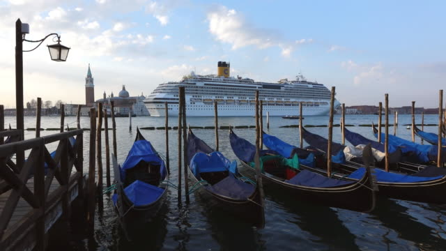 ws view of large cruise ship at canale di san marco / venice, veneto, italy - venice italy stock videos and b-roll footage