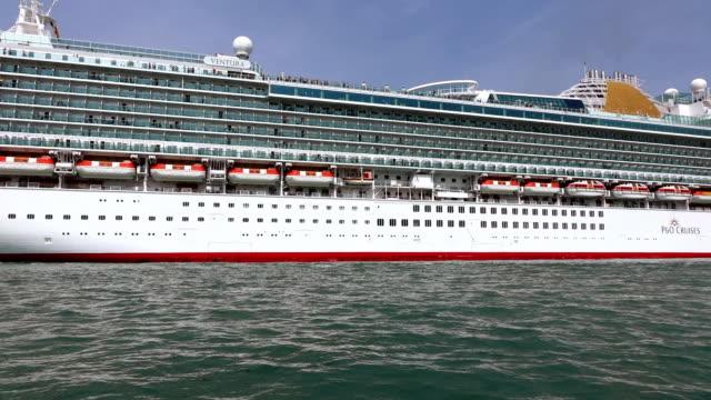 WS LA View of large cruise ship sailing at Canale di San Marco / Venice, Veneto, Italy