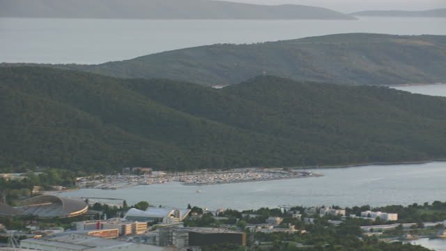 WS AERIAL PAN View of largest coastal city on eastern shores of Adriatic sea with several sights / Split, Split Dalmatia County, Croatia