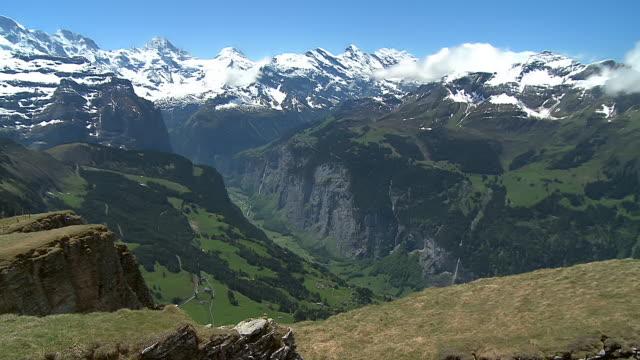 WS PAN View of  Lauterbrunnen Valley / Mannlichen, Bernese Oberland, Switzerland