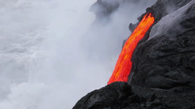 MS View of lava flowing into ocean / Kalapana, Hawaii, USA