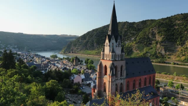 view of liebfrauenkirche and river rhine, oberwesel, rhineland-palatinate, germany - circa 14th century stock videos & royalty-free footage