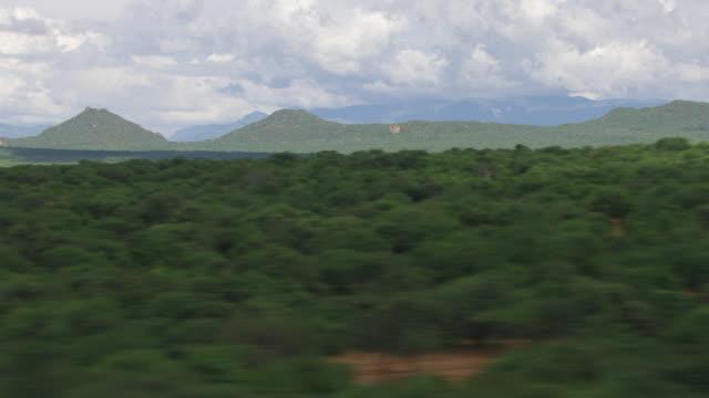 vidéos et rushes de ws aerial view of lush, green landscape / kenya - 50 secondes et plus