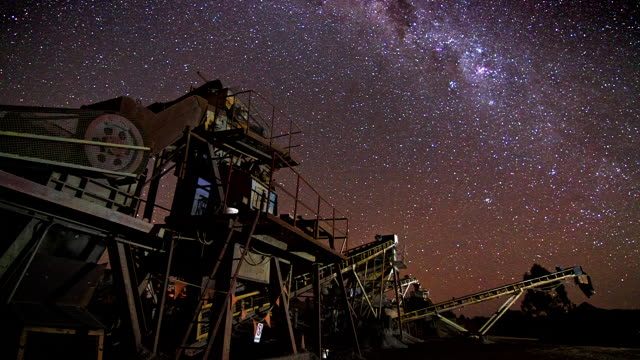 ms ts t/l view of machinery at night / queensland, australia - mining natural resources stock videos & royalty-free footage