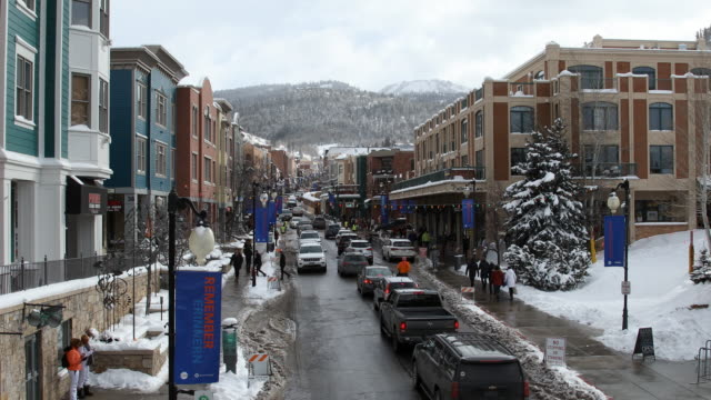 view of main street in park city - park city utah video stock e b–roll
