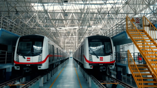 vidéos et rushes de view of metro maintenance and factory inside,xi'an,china. - tramway
