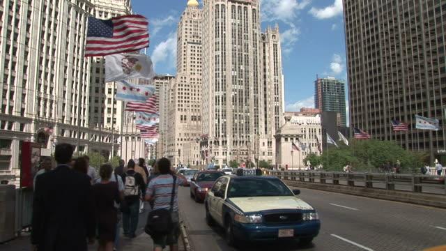 view of michigan avenue bridge in chicago united states - michigan avenue bridge stock videos and b-roll footage
