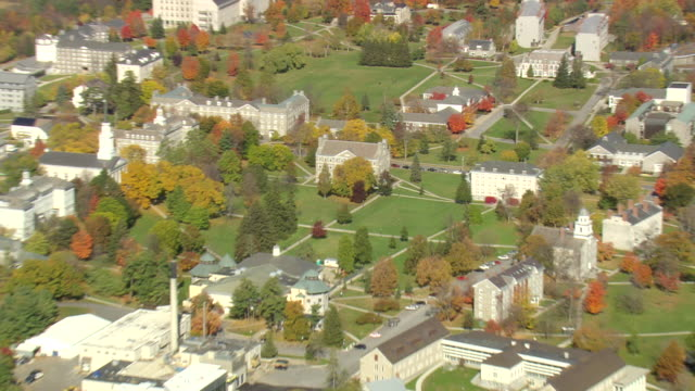 ms aerial zi zo pan view of middlebury college in city / vermont, united states - vermont stock-videos und b-roll-filmmaterial