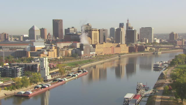 ws aerial view of mississippi river and barges towards st paul / st paul, minnesota, united states - minnesota stock videos & royalty-free footage