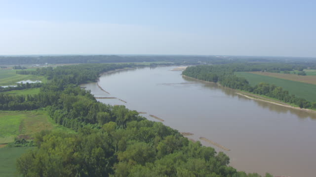 WS AERIAL View of Missouri River flying south towards Chesterfield city line / Missouri, United States