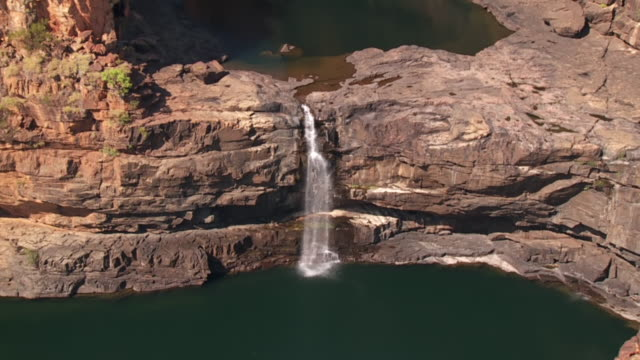 ws pov zo view of mitchell plateau with mittchell falls / mitchell falls, western australia, australia - waterfall stock videos & royalty-free footage