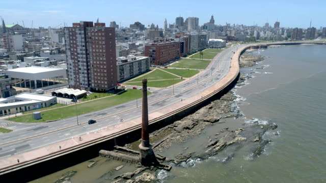 view of montevideo's coastline, ciudad vieja neighbourhood, uruguay - montevideo stock-videos und b-roll-filmmaterial