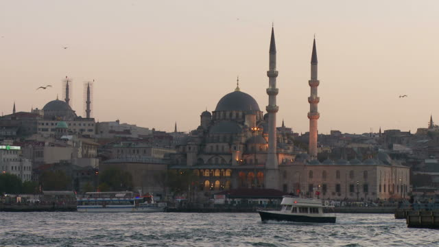 view of mosque in istanbul turkey - yeni cami mosque stock videos & royalty-free footage