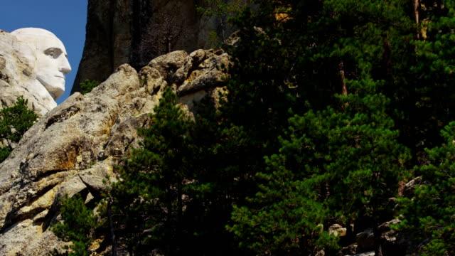 view of mount rushmore national memorial dakota usa - south dakota stock-videos und b-roll-filmmaterial
