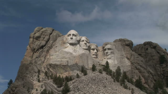 view of mount rushmore national memorial in south dakota united states - mt rushmore national monument stock videos and b-roll footage