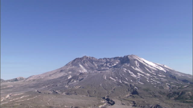 WS TD View of Mount Saint Helens / Mount St Helens National Volcanic Monument, Washington State, USA