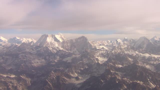 WS AERIAL PAN View of Mountain Everest / Kathmandu, Nepal