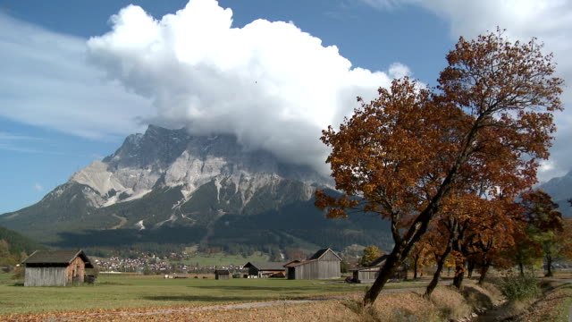 view of mountain in lermoos, tirol, austria - zugspitze mountain stock videos & royalty-free footage