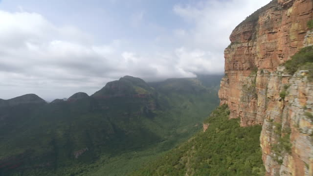 ws aerial slo mo view of mountain range / mpumalanga, south africa - blyde river canyon stock videos and b-roll footage