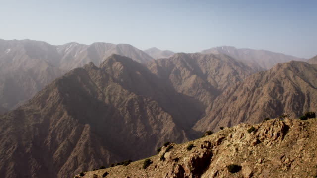 vidéos et rushes de view of mountainous region in north morocco, africa - maroc