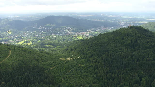 ws aerial view of mountains and downtown / baden baden, baden wurttemberg, germany - germania video stock e b–roll