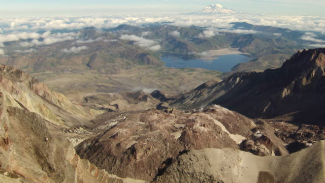 ws aerial  view of mt rainier from crater of mount st helens / washington, united states - mt rainier stock videos & royalty-free footage