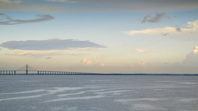 stockvideo's en b-roll-footage met ws view of negro river with iranduba bridge / manaus, amazonas, peru - color negro