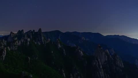 view of neowise comet(c/2020 f3) on gongnyong ridge (dinosaur ridge) of seoraksan mountain at night / gangwon-do, south korea - comet stock videos & royalty-free footage