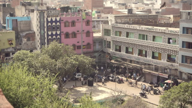 View of New Delhi and street life