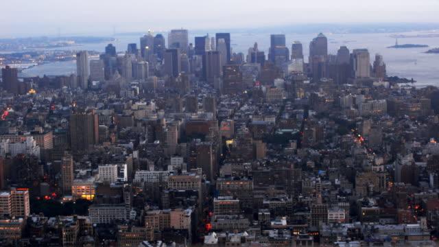 view of new york のタイムラプス日没 - 2007年点の映像素材/bロール