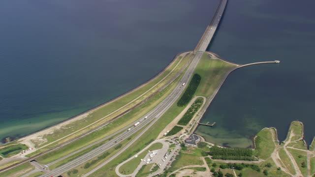vídeos y material grabado en eventos de stock de ws aerial zi view of old ferry port at nyborg / fyn, denmark - terminal de ferry