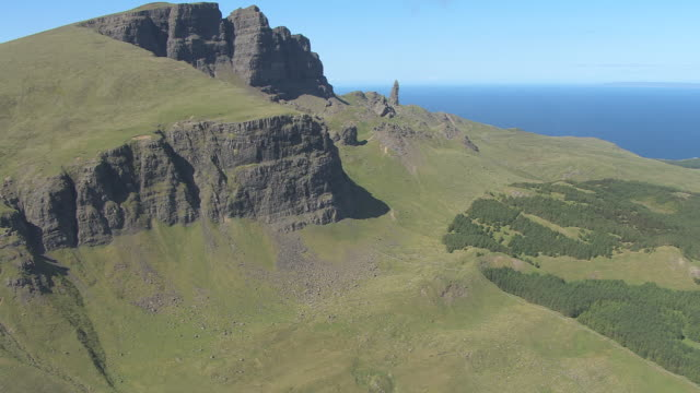 WS AERIAL View of Old Man of Storr rock formation on Isle of Skye Old in Hebrides  / Isle of Skye, Hebrides, Scotland