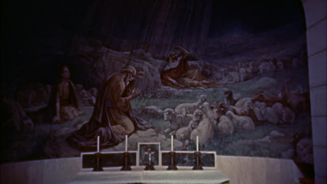 stockvideo's en b-roll-footage met ms view of old mural  - altaar