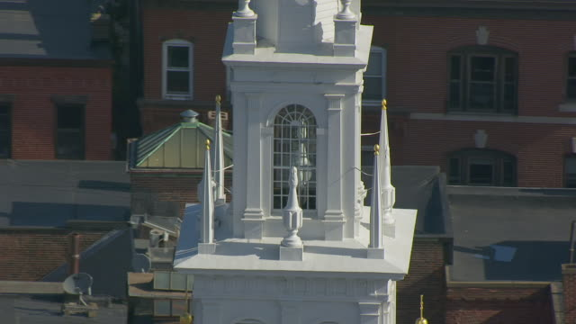 ws ds aerial pov view of old north church steeple / boston, massachusetts, united states - old north church stock videos & royalty-free footage