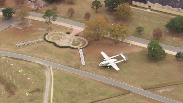 ws aerial view of old plane model at fort benning / georgia, united states - fort benning video stock e b–roll