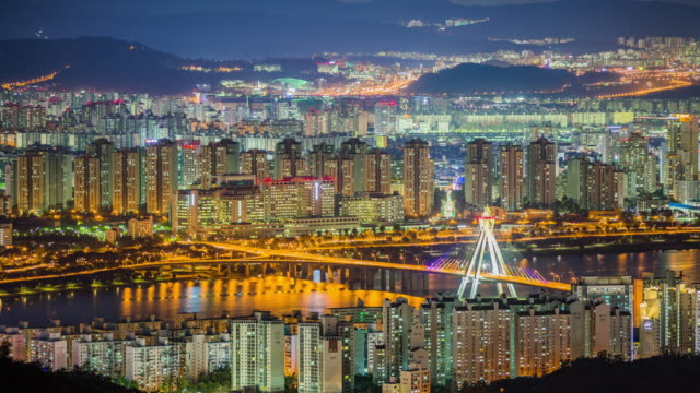 View of Ollimpikdaegyo bridge and Seoul city at night