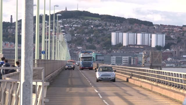 view of oncoming traffic on the tay road bridge with views of dundee in the background. dundee is the fourth largest city in scotland with a... - lorraine kelly stock videos & royalty-free footage