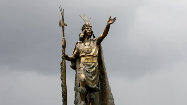 view of pachacutec statue at plaza de armas - statue stock videos & royalty-free footage