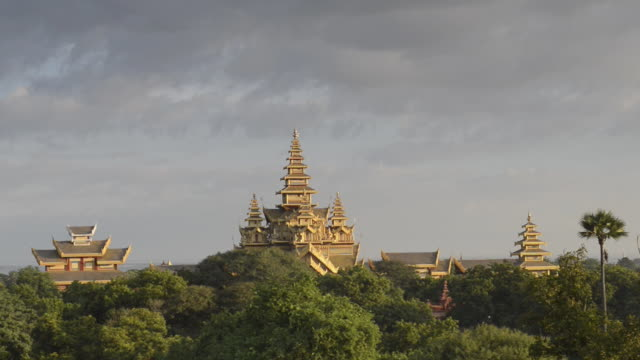 ws view of palace, archaeological museum / bagan, mandalay division, myanmar - mandalay stock videos and b-roll footage