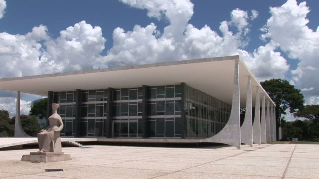 ws pan view of palacio de alvorada building / brasilia, brasilia capital, brasil - brasilia stock videos and b-roll footage