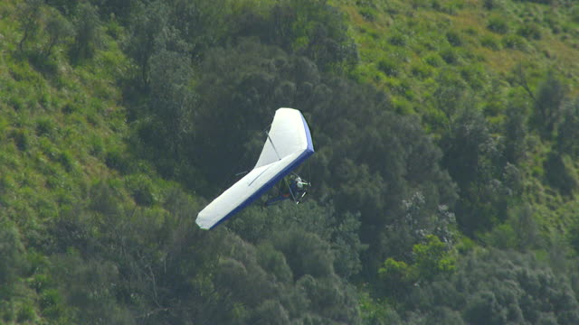 WS AERIAL ZI ZO View of paragliding over cliff / Stanwell Park, Sydney New South Wales, Australia