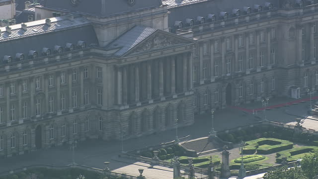 ms aerial zo view of parc de bruxelles royal palace / brussels, belgium - brussels capital region stock videos & royalty-free footage
