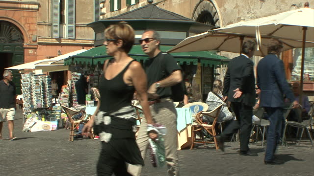 WS View of pavement café at corner of Piazza Farnese / Rome, Italy