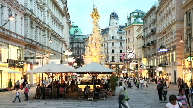 WS View of people visiting shops and restaurants fashionable part of Old Town / Vienna, Austria