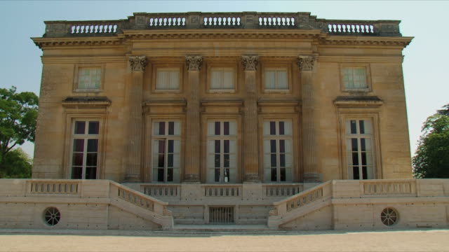 ws view of petit trianon / versailles, ile de france, france - chateau de versailles stock videos and b-roll footage